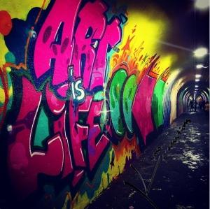artwork in the 191st 1 train tunnel